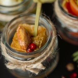 Вкус Жизни Ломтик Тофу с медовым муссом и фисташкой