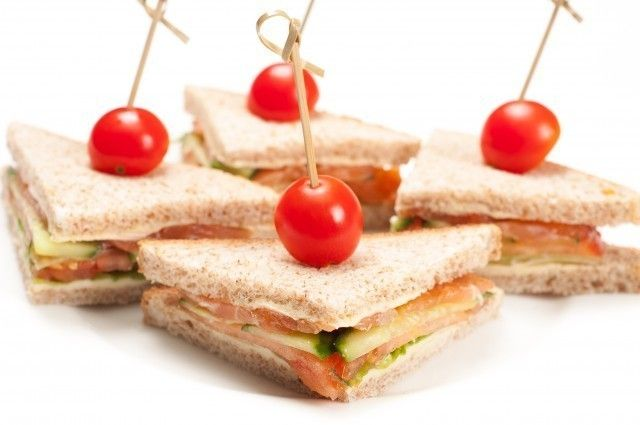 ёКейтеринг Мини-сэндвичи с семгой