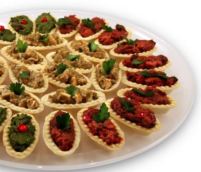 А ля Фуршет Ассорти «Грузинское» (песочные тарталетки с традиционными грузинскими начинками)