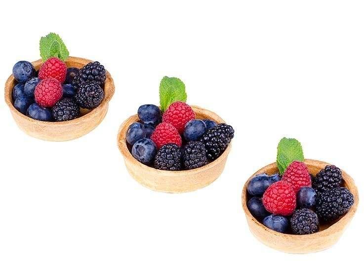 ёКейтеринг Корзиночка с ягодами и творожным муссом