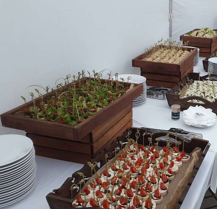 Dynasty Catering Фуршет S