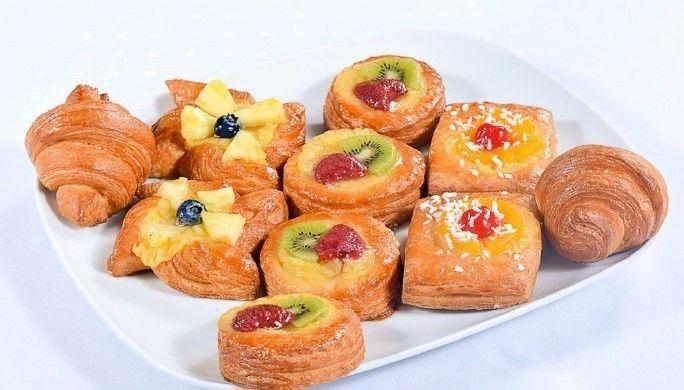 Cote Catering Блюдо со свежей французской выпечкой