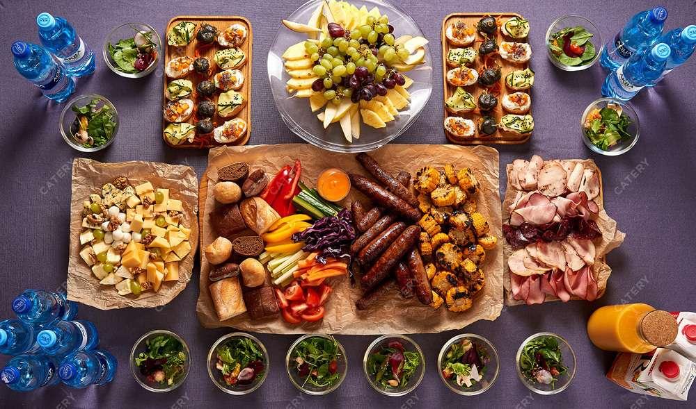 Азбука Вкуса Кейтеринг Барбекю-сет «Классик» с колбасками-гриль