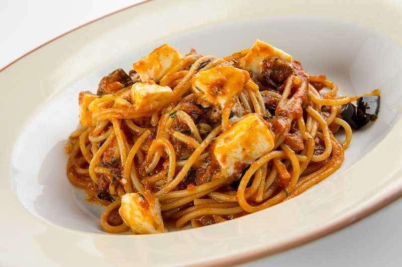 Лимончино Спагетти с рагу из баклажан