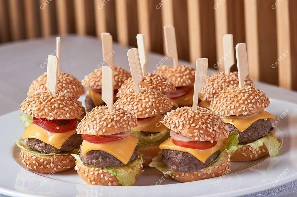 Il Giorno Catering Нано-чизбургер