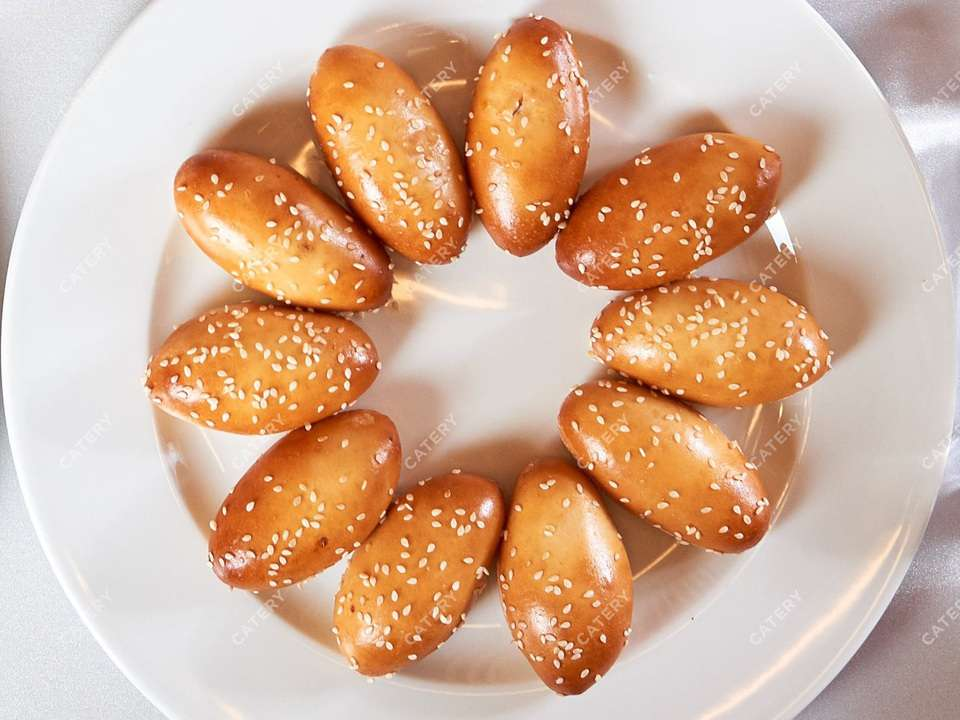 Il Giorno Catering Мини-пирожки с рыбой