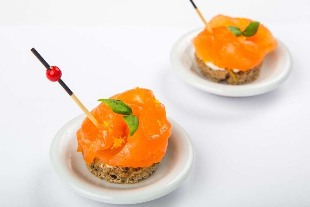 Il Giorno Catering Канапе с лососем сыром филадельфия