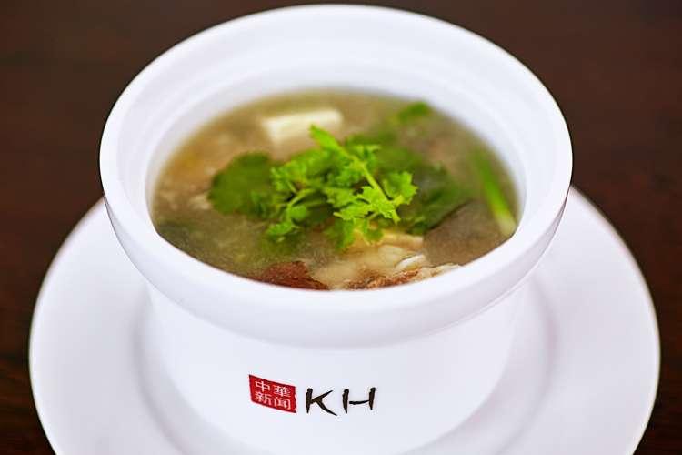 Китайские Новости Домашний рыбный суп с грибами «Сянгу»