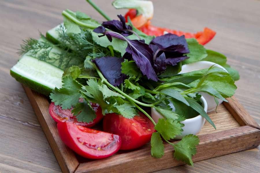 Хачапури Свежие овощи и зелень