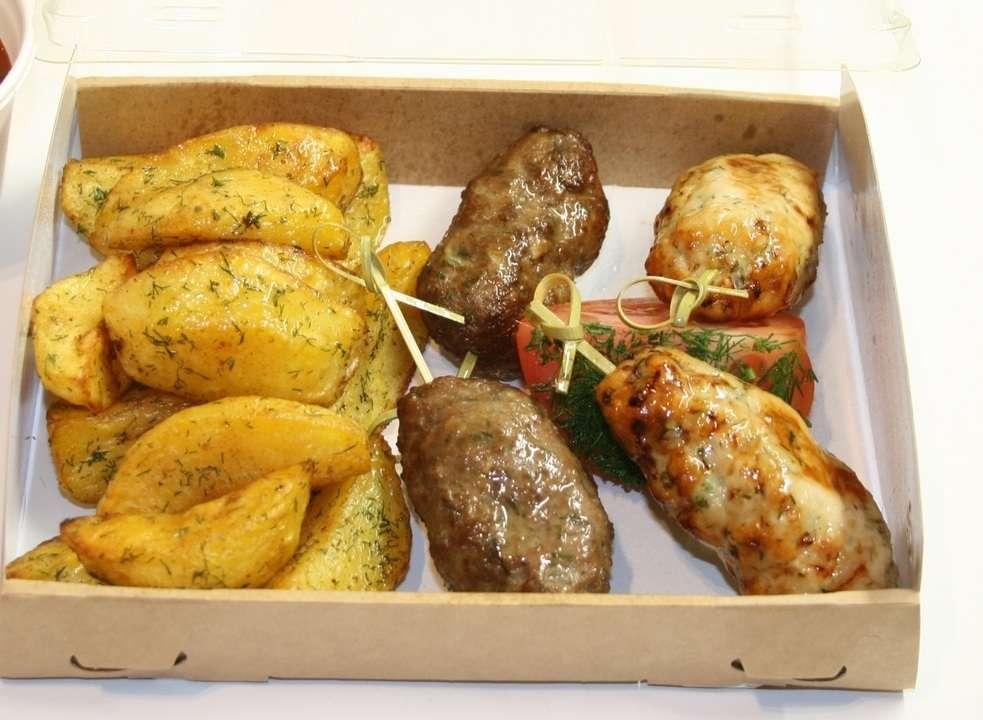 Assorty Furshet Ассорти люля кебаб курица и свинина с картофелем