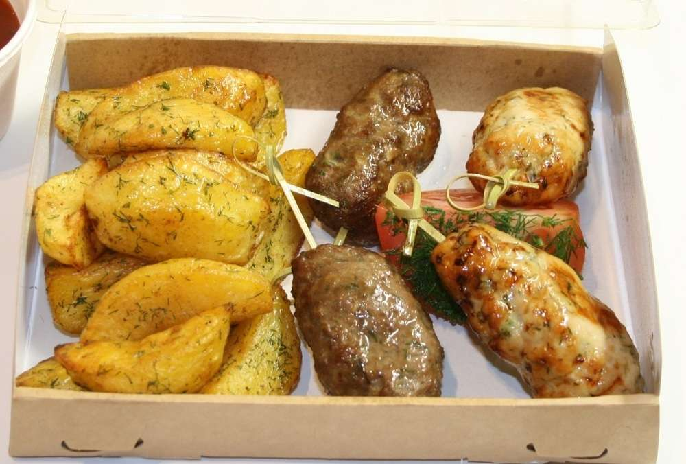 Assorty Furshet Ассорти люля кебаб курица и телятина с картофелем