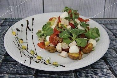 Ministerstvo Catering Company Тосканский салат с курицей