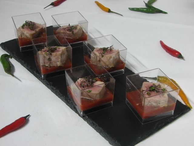 Villaggio fest Филе Тунца c сицилийским соусом