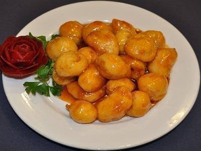 Ян Гон Ассорти из свежих фруктов в кляре, кисло-сладком соусе