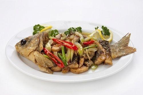 Тай Карп в устричном соусе Пла Пад Кын Шай