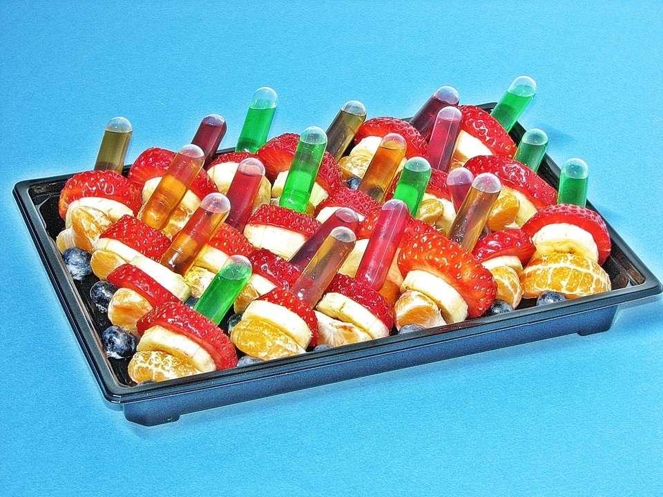Villaggio fest Ассорти фруктовых шпажек с соусами