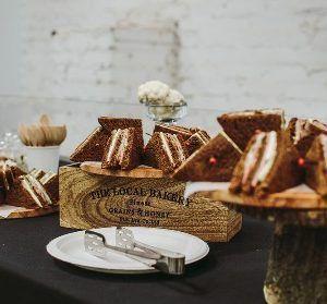 Young Catering Коробка клаб сэндвичей на ржаном тосте с ветчиной и сыром