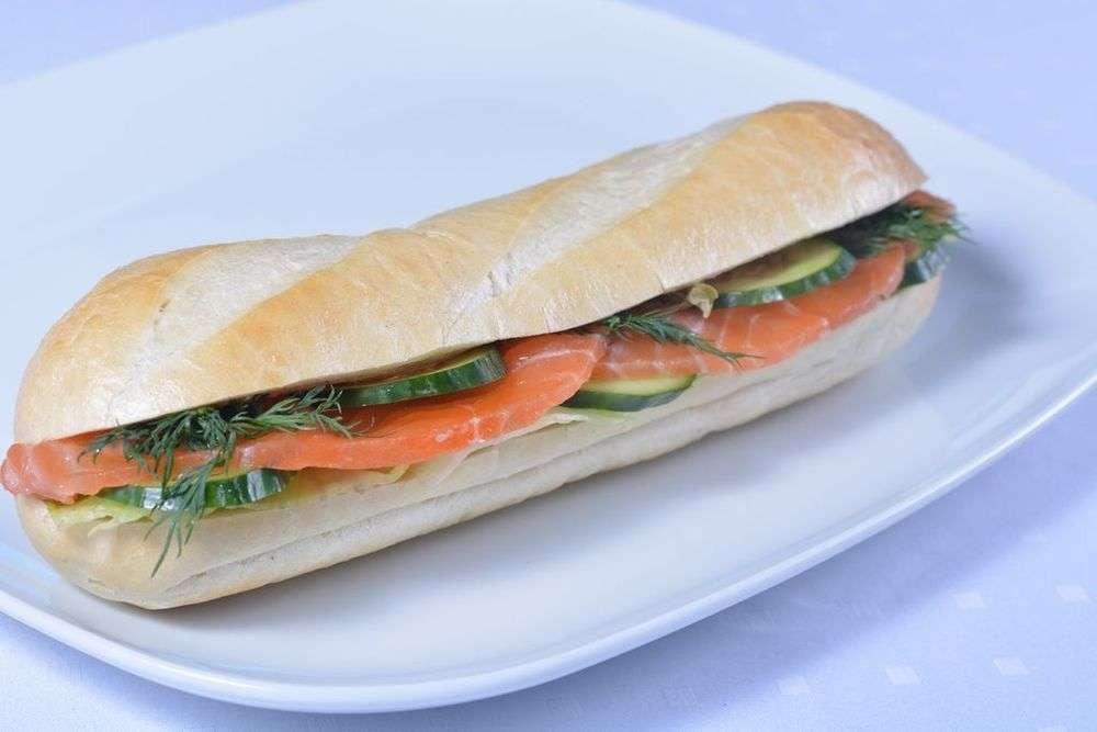 Cote Catering Багет-сэндвич с лососем