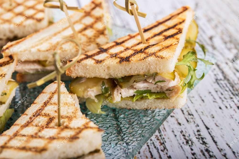 Tasty Catering Сэндвич с куриным филе