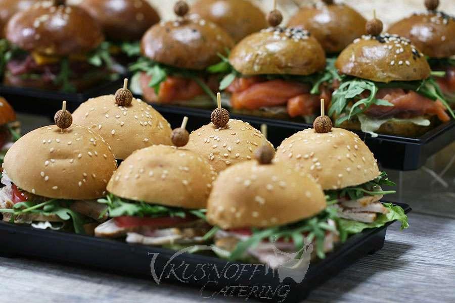 Vkusnoff Catering Мини-бургер с запеченной индейкой