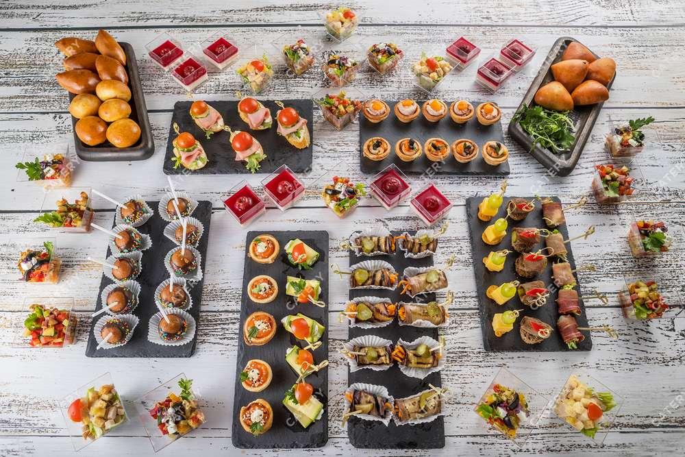 Tasty Catering Фуршетный сет «Стандарт+»