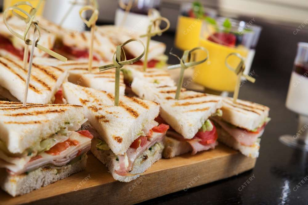 Banchetti Сэндвич с ветчиной и сыром