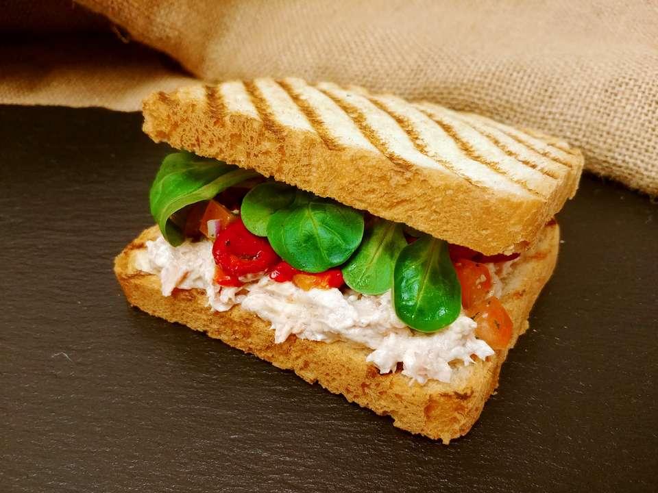 Level Catering Туна сэндвич