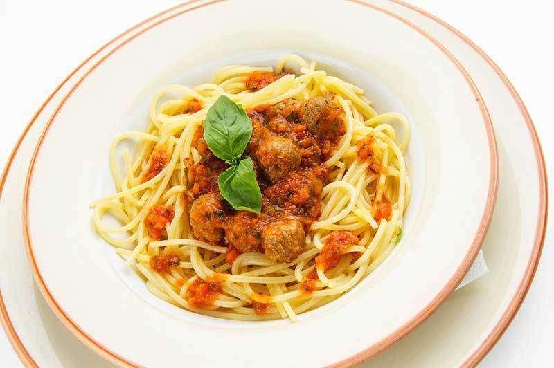 Лимончино Спагетти с домашними тефтелями
