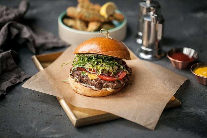 800°С Contemporary Steak Фирменный бургер 800С с котлетой вагю