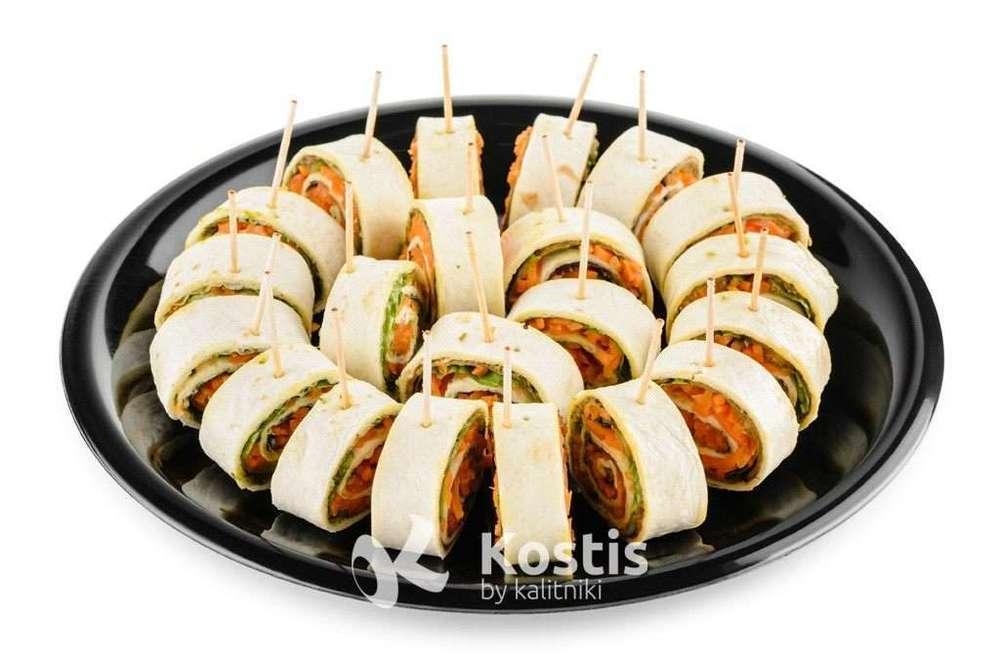 Kostis Рулетики из тортилий с овощами