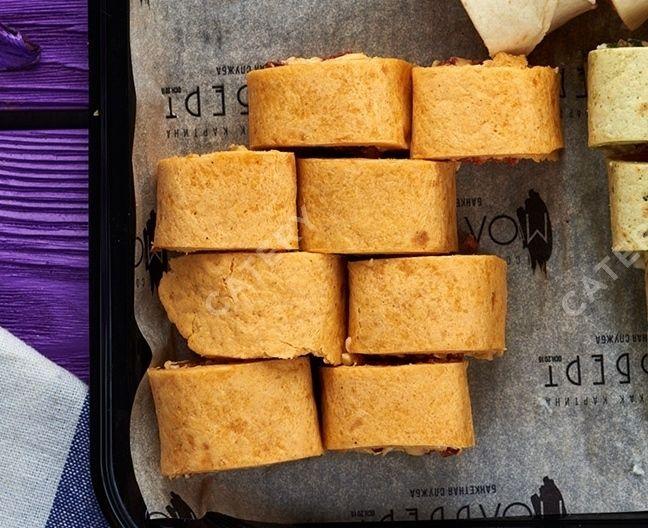 Мольберт Тортилья с сыром, чесноком и ветчиной